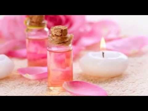 ما هي فوائد ماء الورد للبشرة الدهنية Essential Oils Aromatherapy Oils Herbal Essences