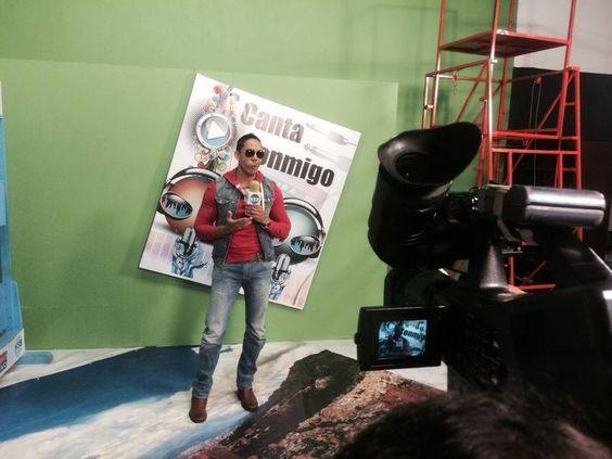Nuestro Artista @Wisethegoldpen en su gira promocional por Bogotá