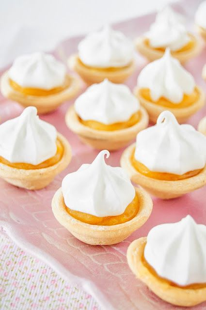 Receta de mini lemond pies Pastelitos de limón y merengue