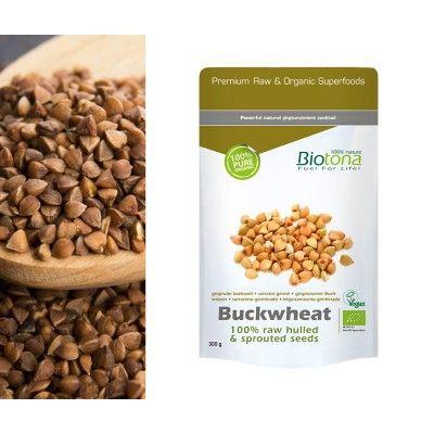 Trigo Sarraceno Germinado Biotona 300gr  *Biotona Bio Trigo Sarraceno Germinado Raw se produce a partir de semillas germinadas deFagopyrum esculentum. Llamado también trigo negro, mientras que no es un cereal en el sentido botánico del término pero sí lo es por su uso, el sarraceno no contiene gluten y es muy fácil de digerir. Excelente fuente de proteínas (hasta un 15% de la semilla), y un débil contenido en grasas saturadas.
