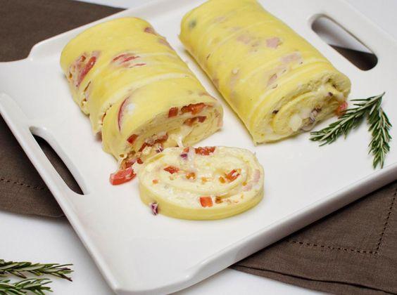 Rollo de tortilla francesa al horno deliciosa brunch Tapas francesas