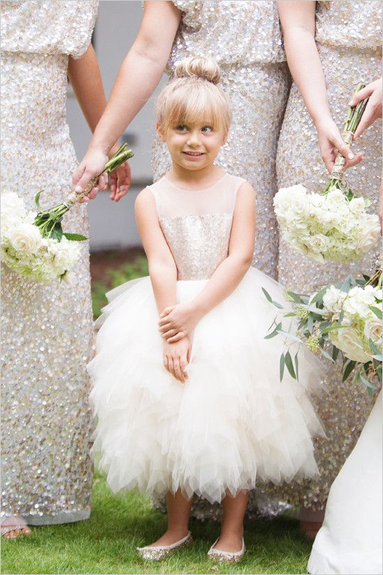 Bridesmaids and flower girl in the prettiest of sparkle