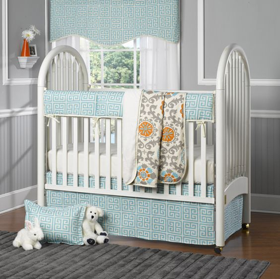 Looking for bumper-less crib bedding? We adore @Liz and Roo: Fine Baby Bedding's aqua greek key bedding that is sans bumpers and includes a great teething guard rail! #bedding #nursery: