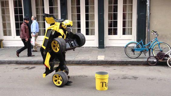 Transformer ao vivo, artista de rua.