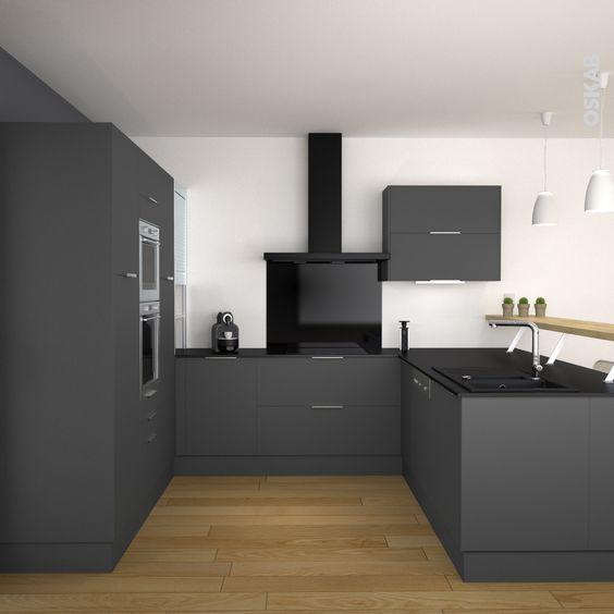 cuisine grise moderne dcor mat en u plan de travail noir mat et plan snack - Cuisine Noir Mat Et Bois