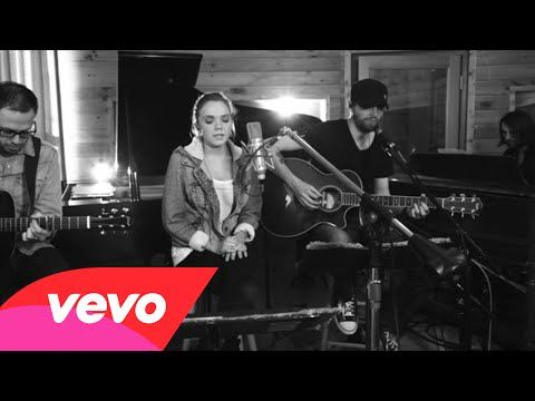 Country Music Chat Danielle Bradbery Request Line - 7 Quick Clicks