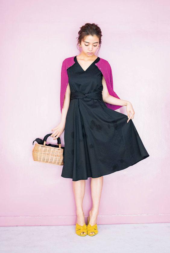 黒いドレスの池田エライザ