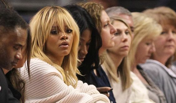 Blonde-Rihanna