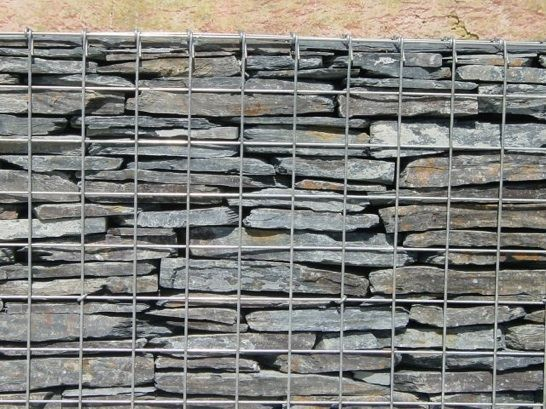 Cl ture en gabions schiste jardin pinterest for Decoration jardin gabion