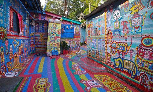 làng Rainbow
