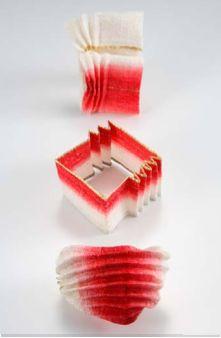 Kazumi Nagano  -  paper brooches