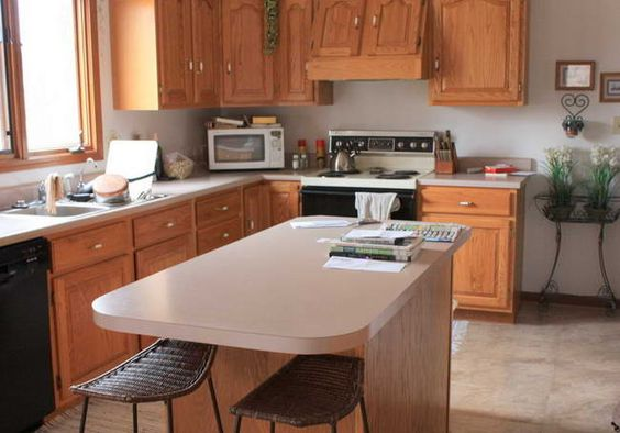 Oak cabinets kitchen paint colors and kitchen paint on for Paint choices for kitchen