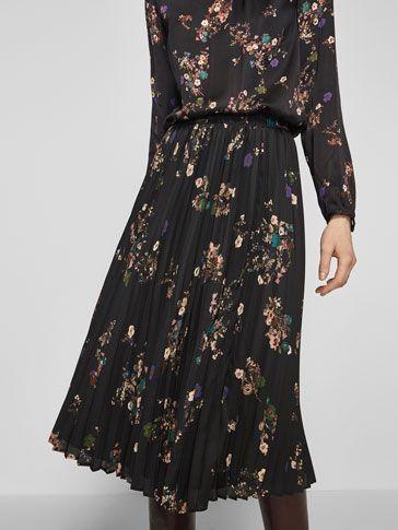 - Massimo Dutti pleated skirt