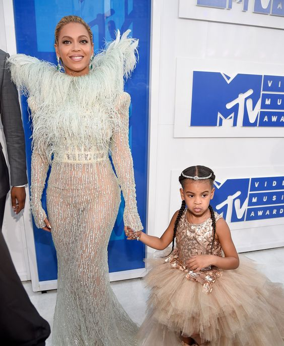Beyoncé in a Francesco Scognamiglio dress and Lorraine Schwartz jewelry and Blue Ivy Carter in Lorraine Schwartz | VMAs 2016