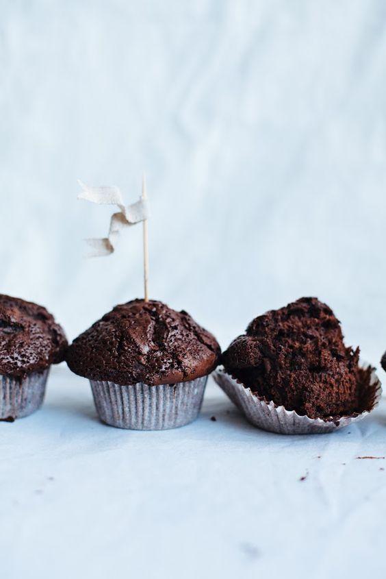 Muffins de Chocolate Doble y Galletas