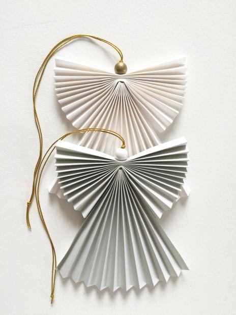 Una cabalgata de decoraciones de papel aireado #aireado #cabalgata #decoraciones #papel #una