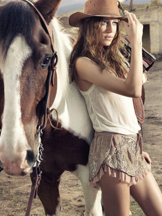☯☮ॐ American Hippie Bohemian Style ~ Boho Love these shorts! So cute