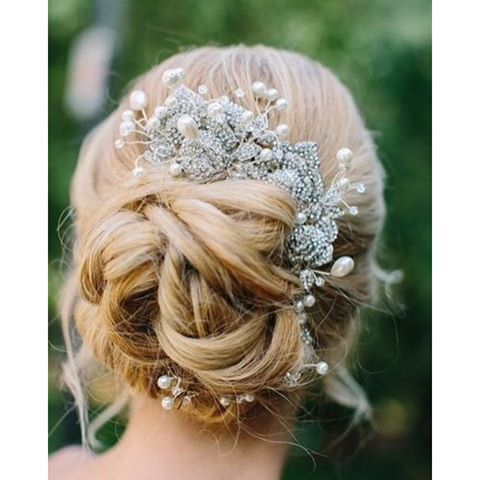Doing it up with @fancyfaceinc for an elegant bridal updo! #hairinspiration