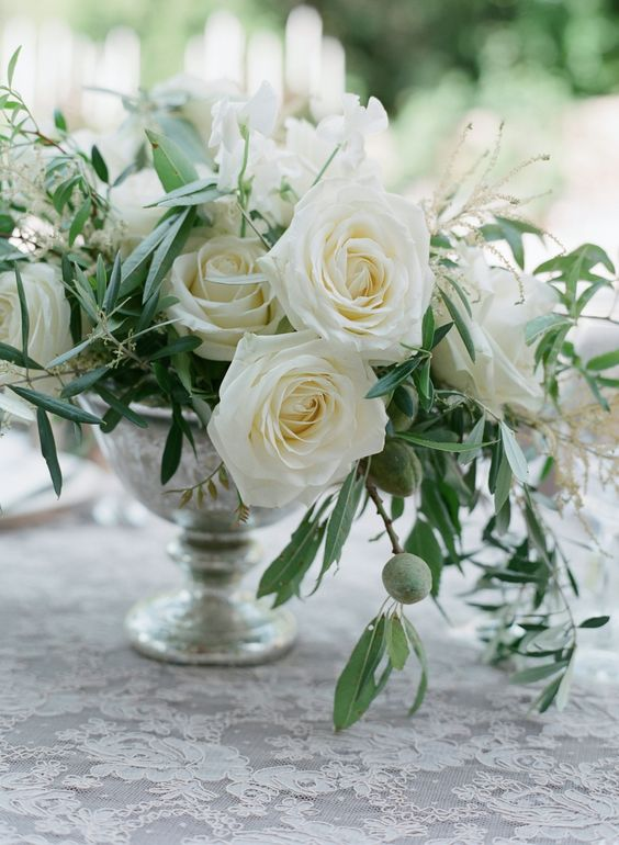 Pinterest the world s catalog of ideas for Bouquet roses blanches