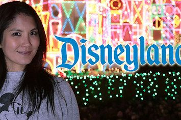 Disneyland Holiday Prep You Need To See To Believe