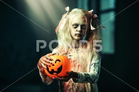 Scary Pumpkin Girl Halloween Costume