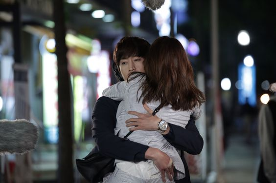 The second hug! Another OH Hae Young.: