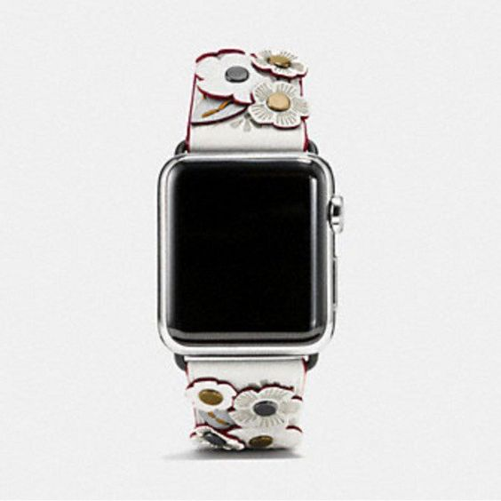 .@Coach #AppleWatch bands will be available in a dozen stores as #WWDC kicks off http://appleinsider.com/articles/16/06/10/coach-apple-watch-bands-will-be-available-in-a-dozen-stores-as-wwdc-kicks-off …