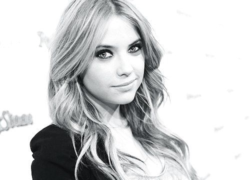Ashley Benson Pretty Little Liars: