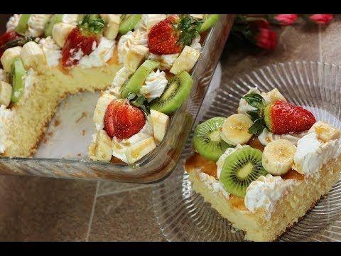 كيك الزبادي الهشة و الخفيفة بالكريمة والفواكه حلويات سهلة وبسيطة مع رباح محمد الحلقة 443 Youtube Tart Recipes Recipes Cake Cookies