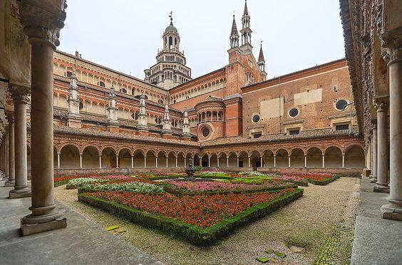 Cloister | Certosa di Pavia.