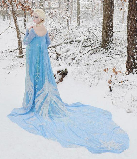 Estilista de 18 anos cria vestidos surreais à la Disney