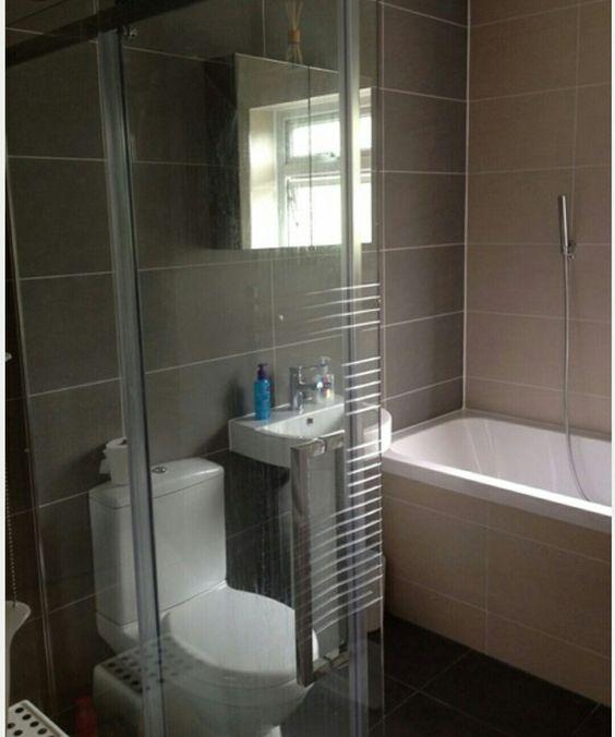 Regal Ash And Vanilla Bathroom Tile Bathroom Bathtub