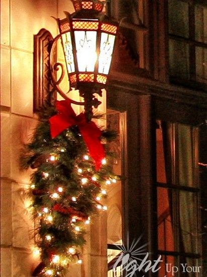 Exterior Christmas Lights Design, Pictures, Remodel, Decor and Ideas - page 3