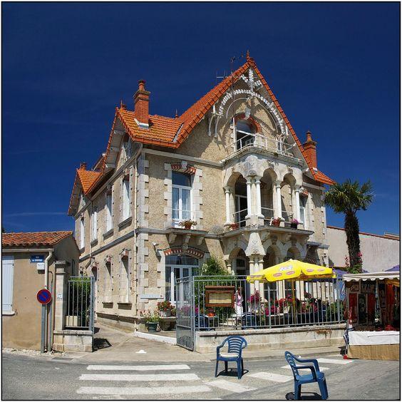 Le moulin de la galette à Saint Denis d'Oléron, Île d'Oléron, France #Moulin
