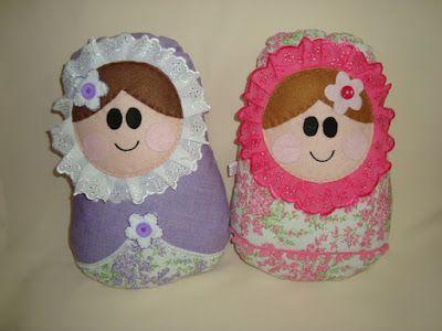 Blog Claudia Tenório: Veja como fazer uma almofada de boneca Matrioska!