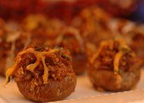 Champignons farcis à la saucisse italienne