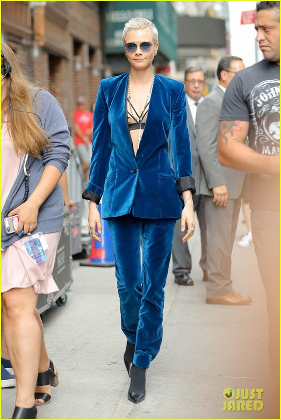 Cara Delevingne Pairs Strappy Bra With Blue Suede Suit for 'Late Show' Appearance | cara delevingne wears blue suede suit for late show with stephen colbert 01 - Photo