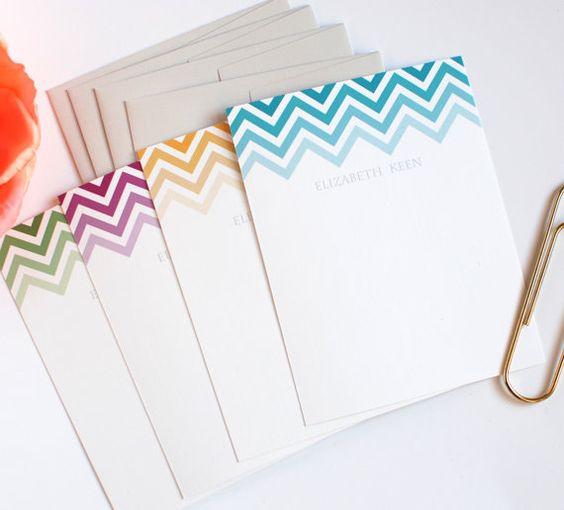 Personalisierte Schreibwaren Chevron-Streifen von RowHouse14