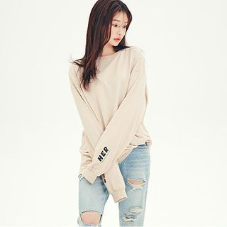 Buy 'chuu – Drop-Shoulder Lettering Detail Pullover ' with Free International Shipping at YesStyle.com. Browse and shop for thousands of Asian…