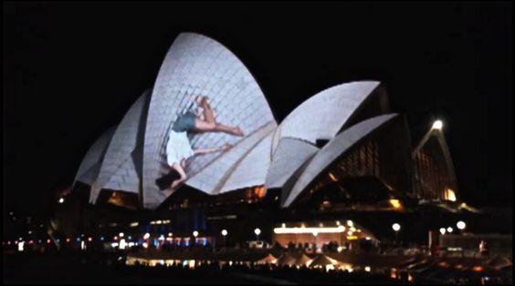 Vídeo: Ópera de Sydney 'colapsa' com show de luzes espetacular