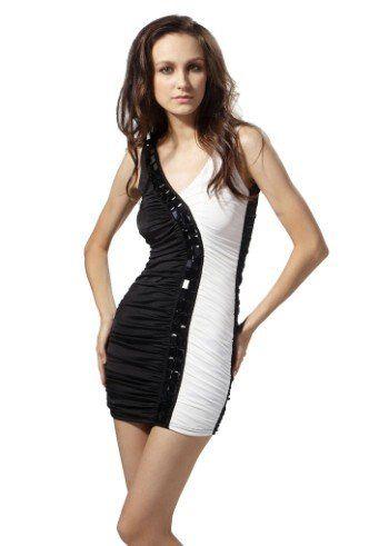 Vestido branco e preto curto