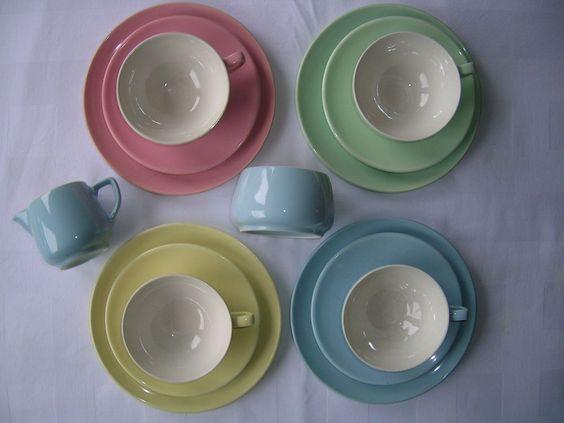 melitta minden pastell 4 gedecke teller tassen untertassen milch zucker alt melitta tableware. Black Bedroom Furniture Sets. Home Design Ideas