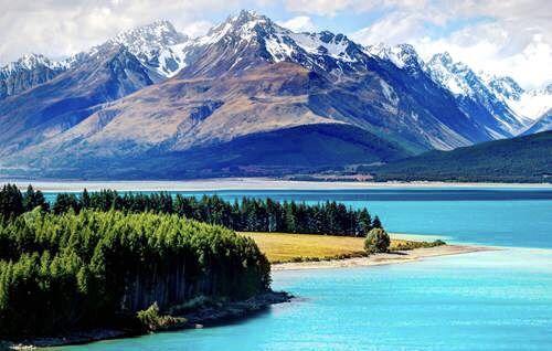 挖掘機團隊出品】深挖!中共對新西蘭的全面滲透! -1 - Gnews | Lake tekapo, New zealand mountains,  Mountains