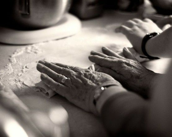 Many hands make light work - especially on Thanksgiving. Let's be particularly grateful  for all the hands that contribute to the bounties on our tables (and, if possible, remember to share with those less fortunate!).