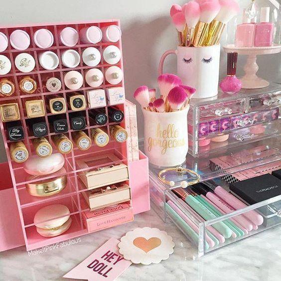 8 Brilliant Makeup Organizer Storage Ideas For Girls Makeup Organization Makeup Storage Organization Makeup Storage