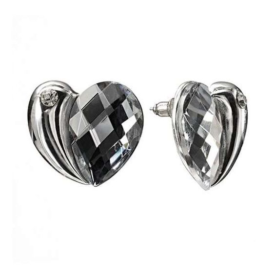 Aretes de corazón   http://modayaccesorios.info/aretes-de-corazon/