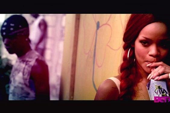 See photos of Rihannas new video, Man Down