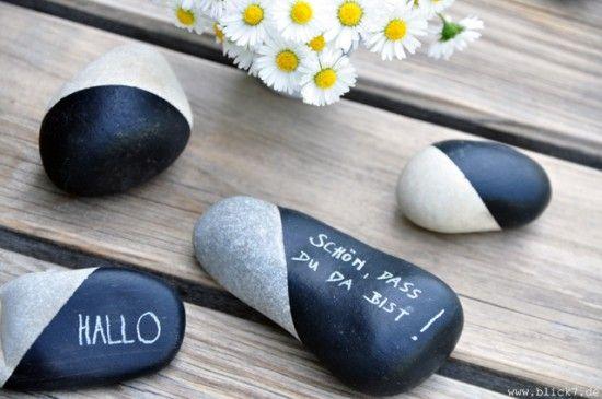 Schwarz-weiße Tischdeko für die Gartenparty | Eigenwerk-Magazin