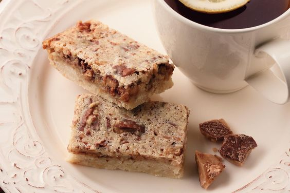 Toffee is such a great flavor, and bar cookies are so easy to make! We bet everybody at your house will go nuts over these chewy Almond Toffee Bars.