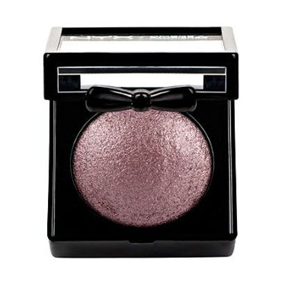 Chloë Moretz wears NYX Cosmetics Baked Shadow in Chance (violet brown): http://rstyle.me/n/kcxywqm6n